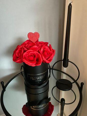 Flower box walentynki róże serce