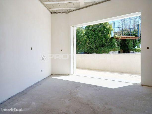 Apartamento T2 - Aradas