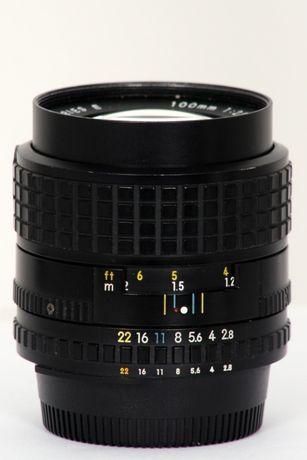 Nikon 100mm 2,8