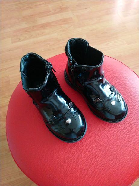 Buciki buty sztyblety kotki kot uszy r 24