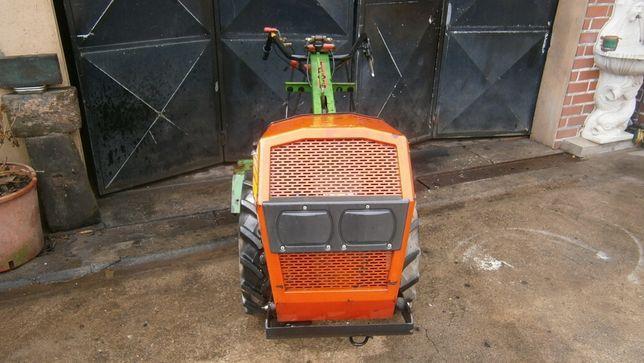Moto cultivador