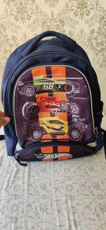 Школьный рюкзак для мальчика Kite Hot Wheels