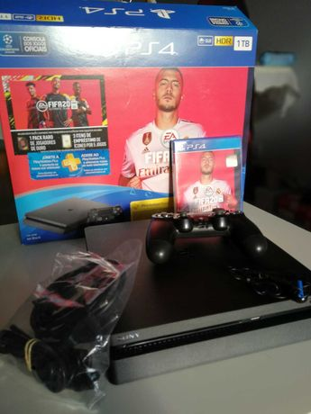Como nova - ps4 Playstation 4 1 tb