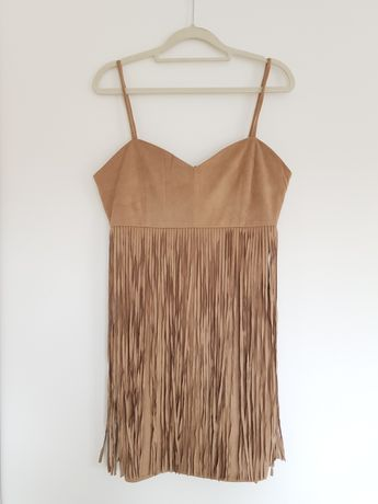 Sukienka z zamszu z frędzlami brązowa