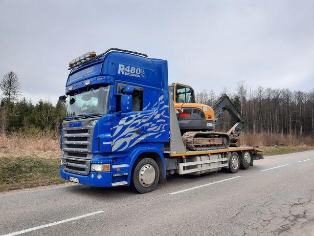 Przewóz maszyn usługi transportowe laweta niskopodwoziowa