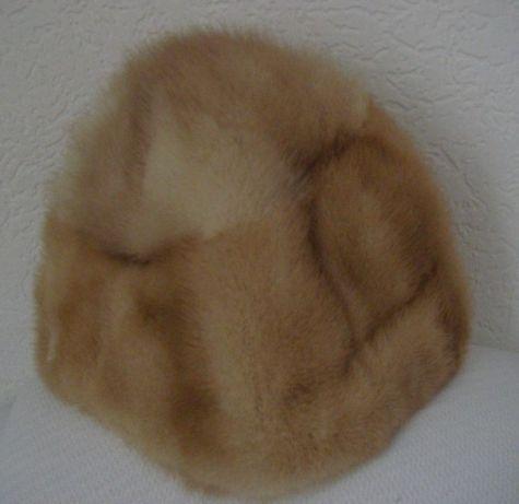 Futrzana czapka z norki