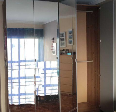 Roupeiros PAX - IKEA - com Portas de Espelho