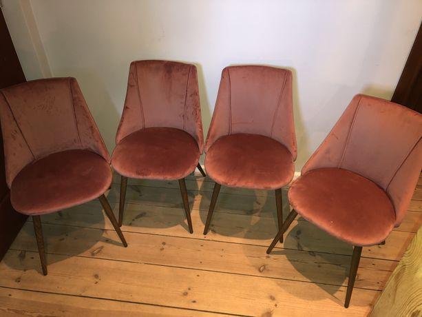4 krzesła tapicerowane różowe skandynawskie
