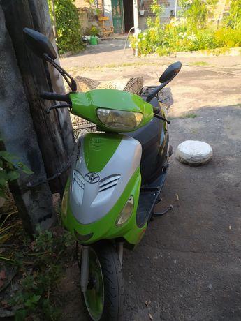Продам скутер вайпер винд