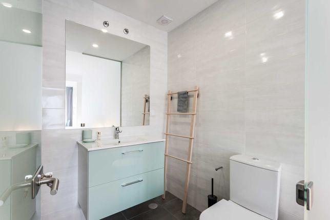 Suite em vivenda remodelada ao pé da NOVA SBE