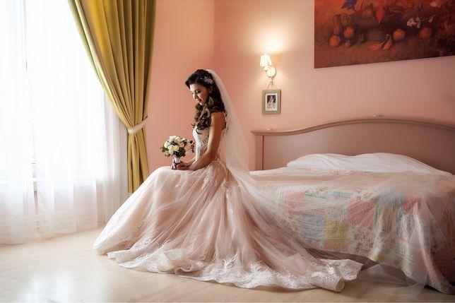 Свадебное платье (эксклюзив)