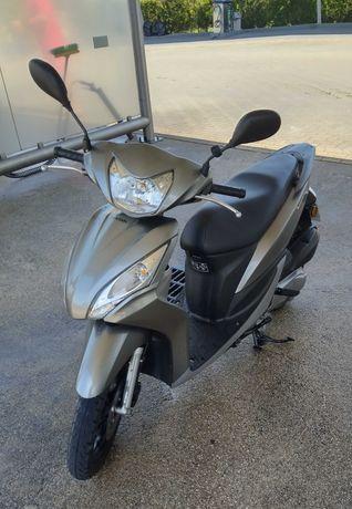 Honda vision 50 CC smi nova