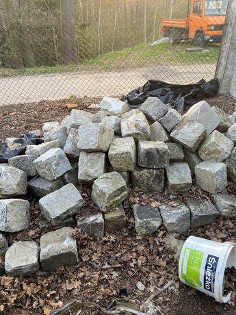 Obrzeża z demontażu granit szary 18x18cm około 90szt.