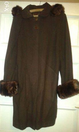 Ciepły brązowy płaszcz rozmiar 46