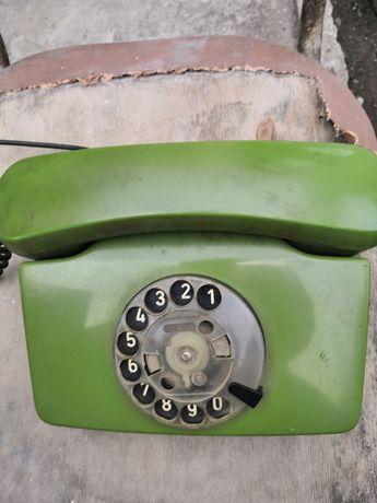 Телефон стационарный зелёный