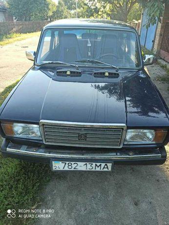 автомобіль ВАЗ-2107