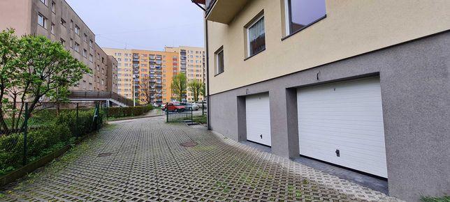 Garaż dwustanowiskowy/magazyn - 37 m² - Bielsko - os. Beskidzkie