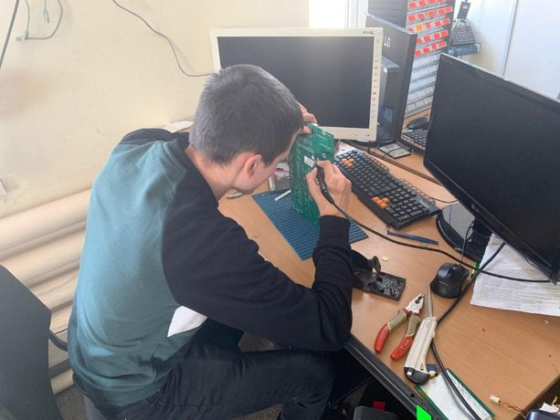 Компьютерная помощь Компьютерный мастер на выезд