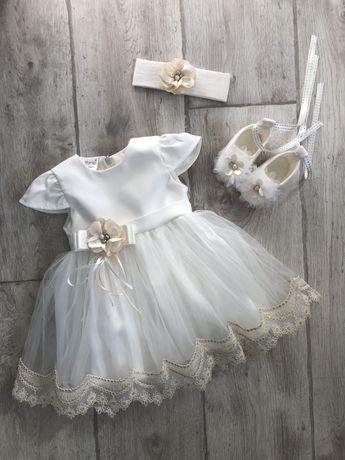 Нарядное платье на крещение Размер 3-6 месяцев