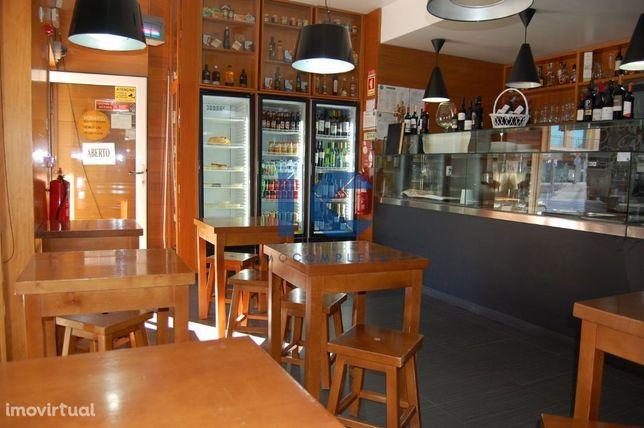 Restaurante Take Away na praia da Barra