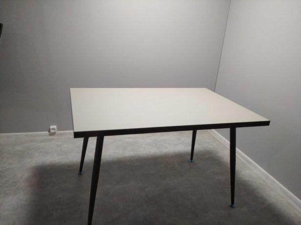 Продам новий кухонний стіл