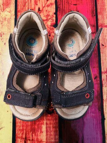 Skórzane sandały chłopięce Lasocki, r.22