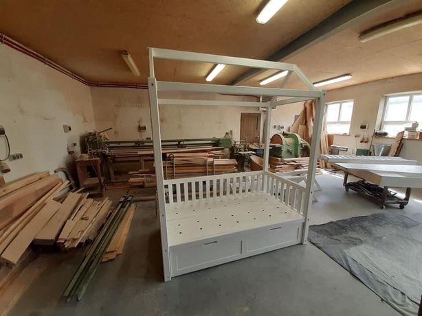 Łóżko domek akcja charytatywna