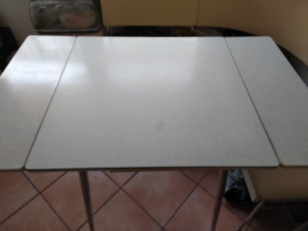 Narożnik kuchenny + stół stan bdb