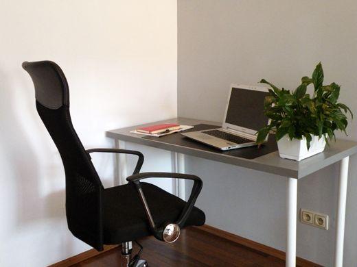 Coworking, miejsce do pracy, biurko do pracy