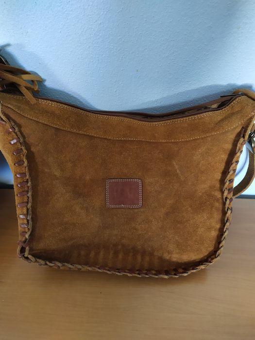 Carteira em cortiça e mala/saco camurça Lavos - imagem 1