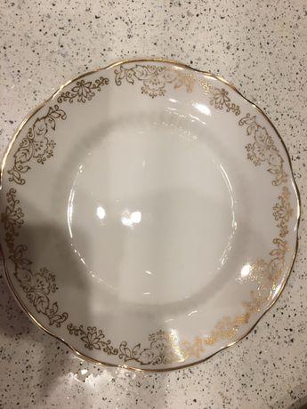 Продам новые тарелки.
