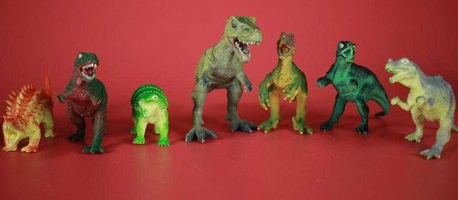 Набор динозавров хищников 10 шт