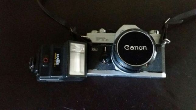 Máquina fotográfica analógica