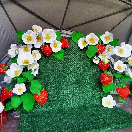 Бутафорія Великі квіти Фотозона Ізолон Паперові квіти Ростові квіти