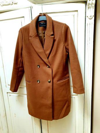 Camelowy płaszcz na wiosnę Nowy M/L