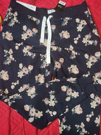Spodnie dresowe w kwiaty, nowe L