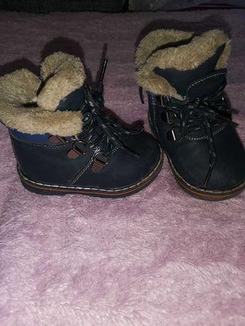 Дитячі зимові чобітоки