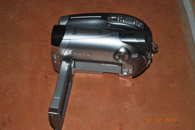 Máquina de filmar Canon Camcorder DC 230