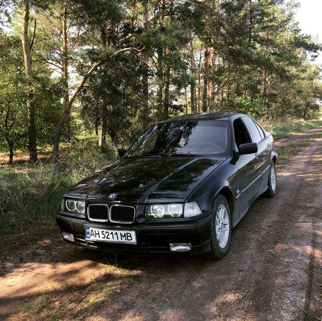 Продам BMW 3 серии