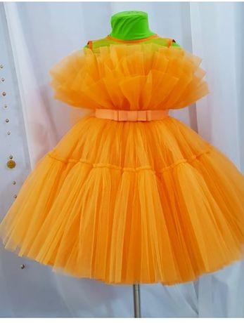 Нарядное платье 116,можно и больше.