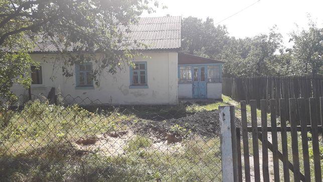 Продам хату,частину будинку