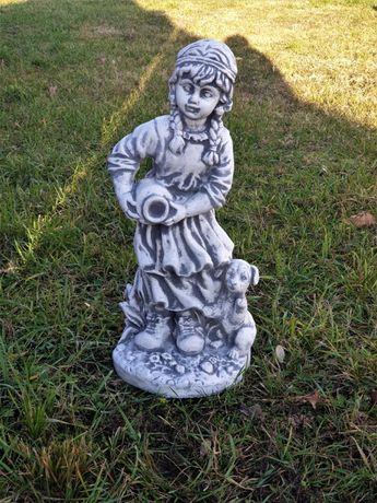 Figura ogrodowa Dziewczynka z Dzbanem Producent