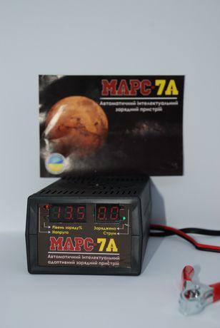 Автомобильное зарядное устройство для аккумулятора АКБ импульсное 7A