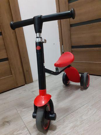 Красный крутой велобег беговел