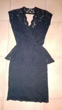 mała czarna sukienka