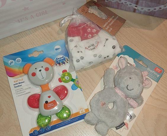 Dziecięce zabawki, gryzak, grzechotka, niemowlęce body + skarpetki