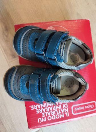 Туфельки Chicco мокасины кроссовки 20