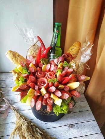 їстівні букети, букет з цукерок, букет з фруктів, букет з ковбаси