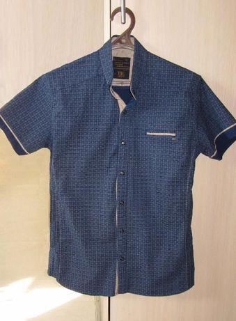 Рубашка XL с коротким рукавом в состоянии новой
