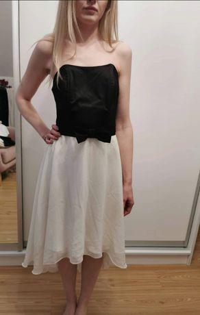 Sukienka z tiulem r. 36